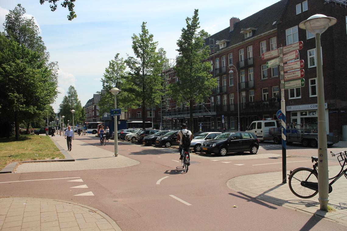 Amsterdam- Radverkehrsknoten an der Theophile de Bockstraat westlich des Vondelparks CC0 1.0