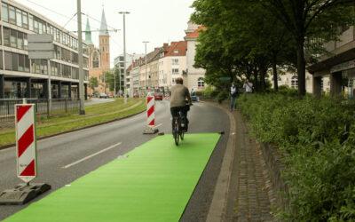 Radspur auf Küchenstraße und Hagenbrücke